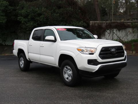 2019 Toyota Tacoma SR Double Cab 5' Bed I4 AT (Natl)