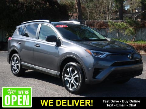 Pre-Owned 2018 Toyota RAV4 LE FWD (Natl) Front Wheel Drive SUVs
